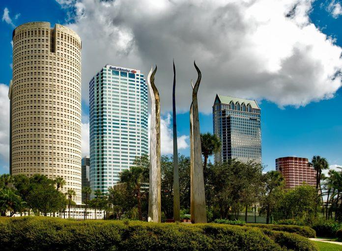 Tampa Bej